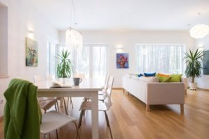 Going Minimal – Tips to Declutter for Real Estate and for Your Life